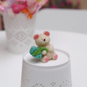 Ведмедик з квітами